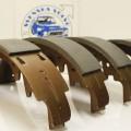 ART.NR. 30072  Bromsbackar fram 2 hjul 544/445/210 med Duo-Servo-bromsar