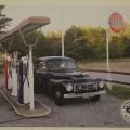 ART.NR. 002000  Poster med 444A och NV-20, vid GULF mack.